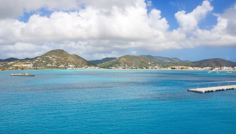 Simpson-Baai en Grote Baai - Philipsburg Sint Maarten - Caraïbisch tropisch eiland stock fotografie