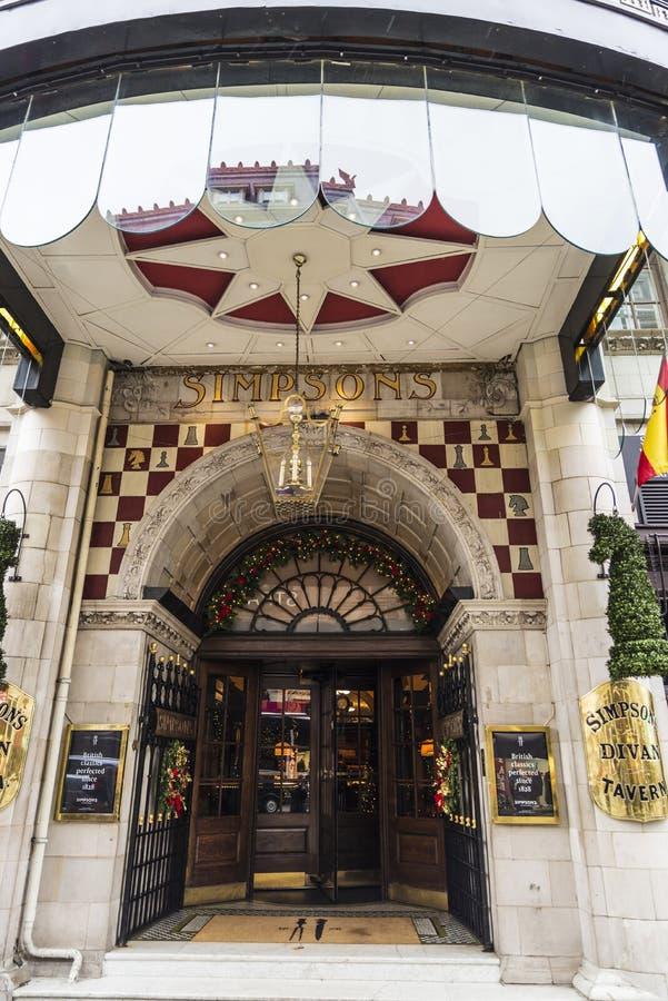 Simpsons Divan Tavern i London, England, Förenade kungariket royaltyfri bild