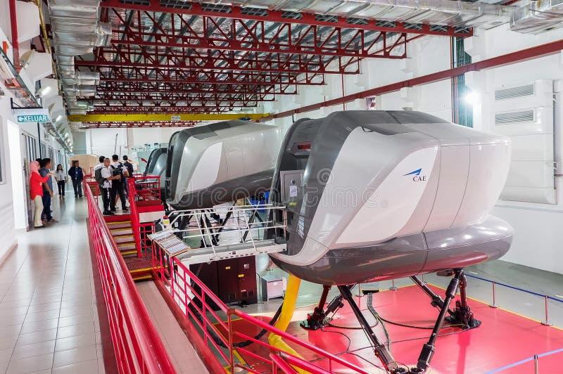 Simulatoren in der kanadischen Luftfahrt-Elektronik von Air Asia in Kuala Lumpur stockbild