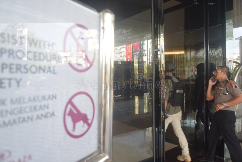 Simulazione di sicurezza della bomba in corona Samarang dell'hotel immagini stock