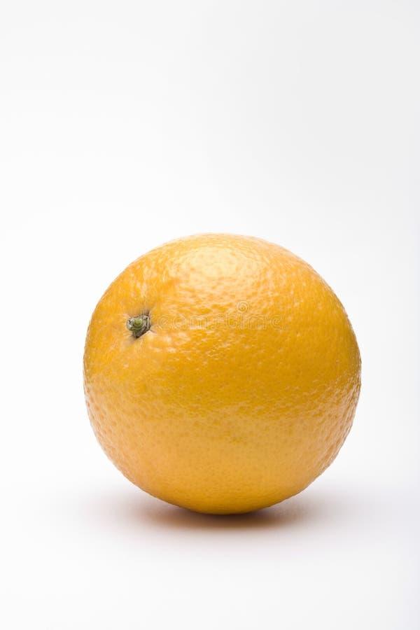 Sinaasappel die op wit wordt geïsoleerdg royalty-vrije stock foto