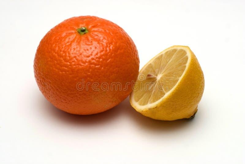 Sinaasappel en citroen royalty-vrije stock afbeeldingen