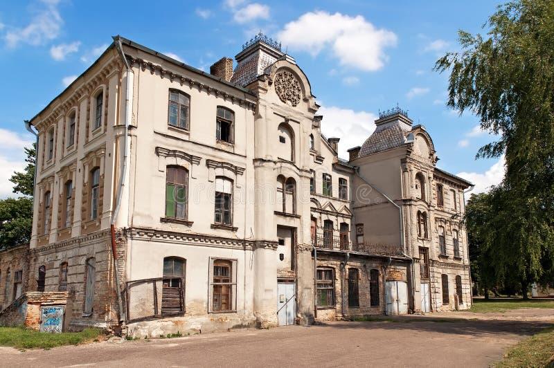 Sinagoga dilapidada velha de Belarus Grodno imagem de stock royalty free