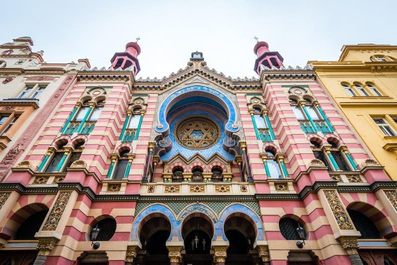 Sinagoga do jubileu do Jerusalém em Praga, República Checa imagens de stock