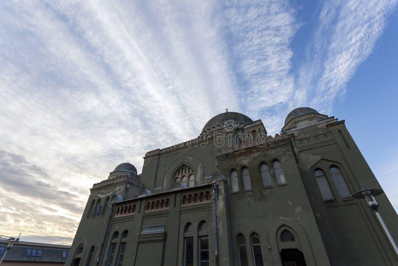 Sinagoga em Gyongyos, Hungria foto de stock royalty free