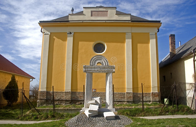 Sinagoga, Pannonhalma, Hungria fotografia de stock