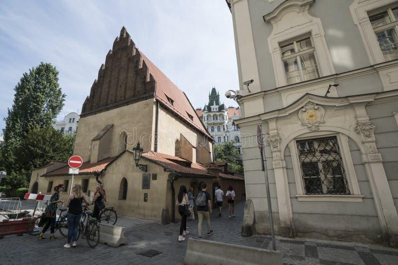 Sinagoga velha em Praga fotos de stock royalty free