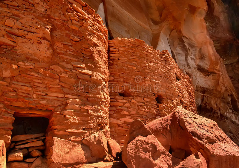 Download Sinagua Cliff Dwelling stock photo. Image of indian, rocks - 30280252