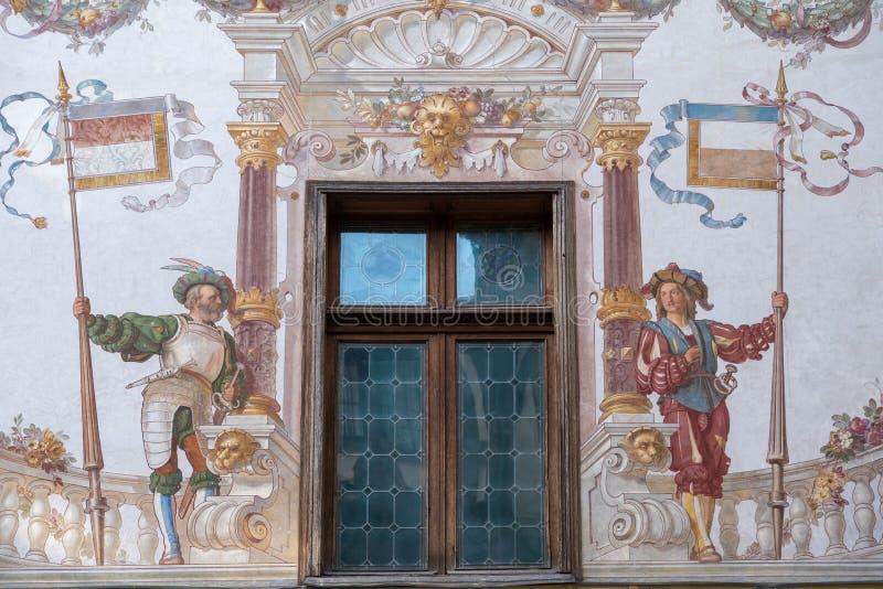 SINAIA WALLACHIA/ROMANIA - SEPTEMBER 21: Freskomålning på Peles Castl royaltyfri fotografi