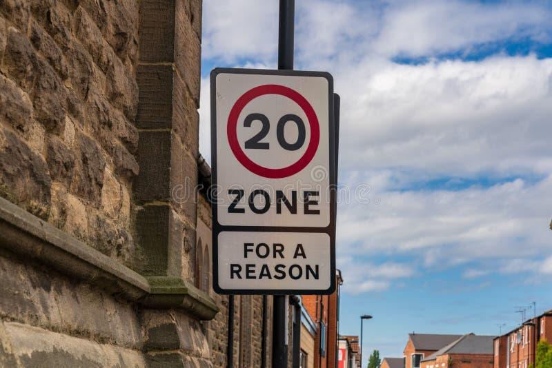 Sinal: 'Zona 20, para uma razão ' imagem de stock