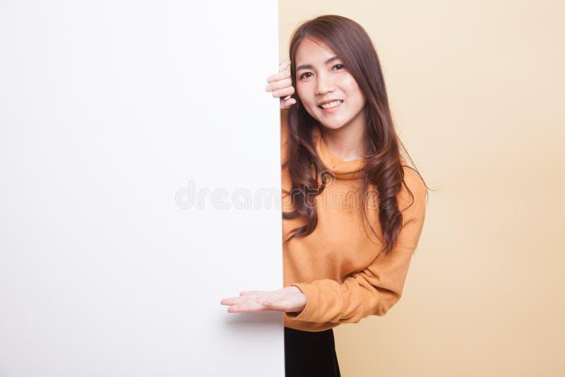 Sinal asiático novo da placa do presente da mulher com mão da palma imagem de stock royalty free