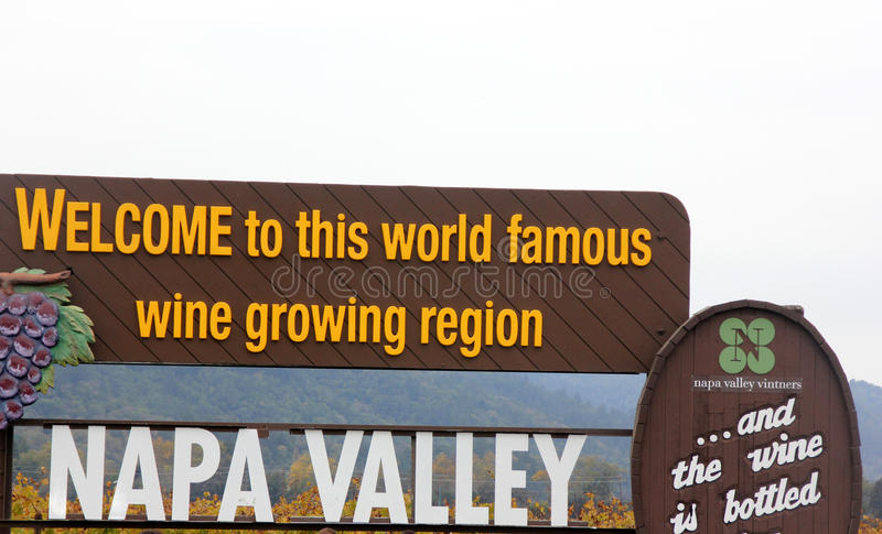 Sinal bem-vindo, vale de Nappa, Califórnia imagem de stock