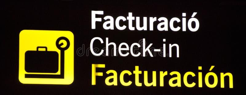 Sinal brilhantemente claro da informação do aeroporto do registro fotos de stock royalty free