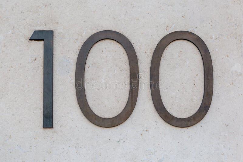 Sinal cem/100 do metal foto de stock