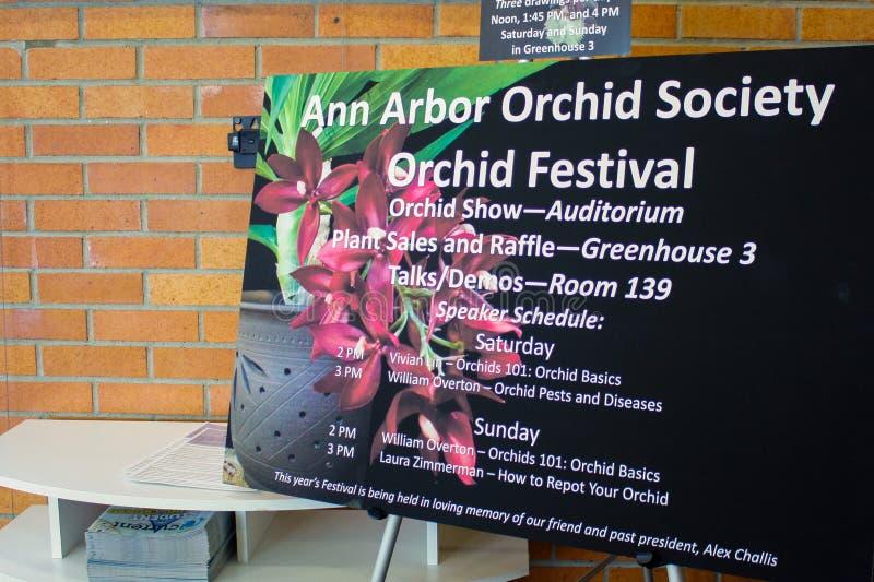 Sinal colhido e sustentado de Ann Arbor Orchid Festival foto de stock royalty free