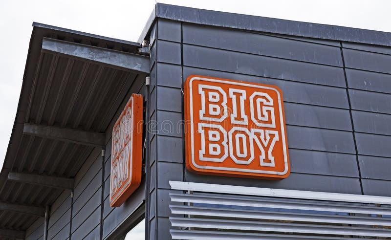 Sinal colocar aonde vendem Hamburger em Strompilen fotos de stock royalty free
