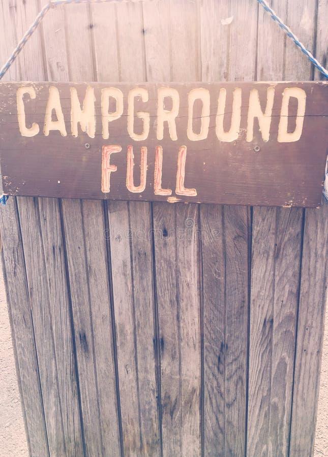 Sinal completo do acampamento foto de stock royalty free