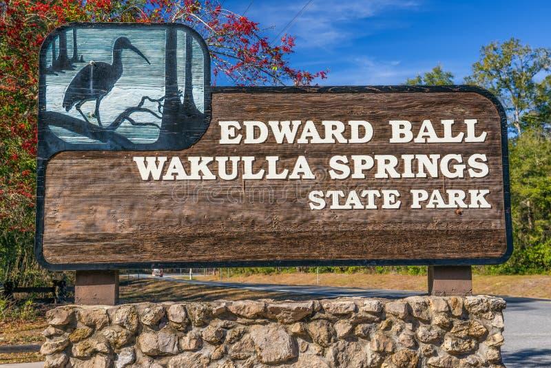 Sinal da entrada do parque de Edward Ball Wakulla Springs State, Florida imagens de stock royalty free
