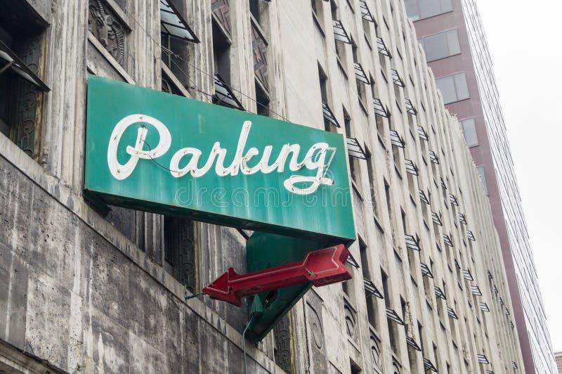 Sinal da garagem de estacionamento imagens de stock royalty free