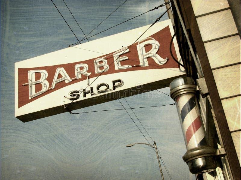 Sinal da loja de barbeiro do vintage fotos de stock
