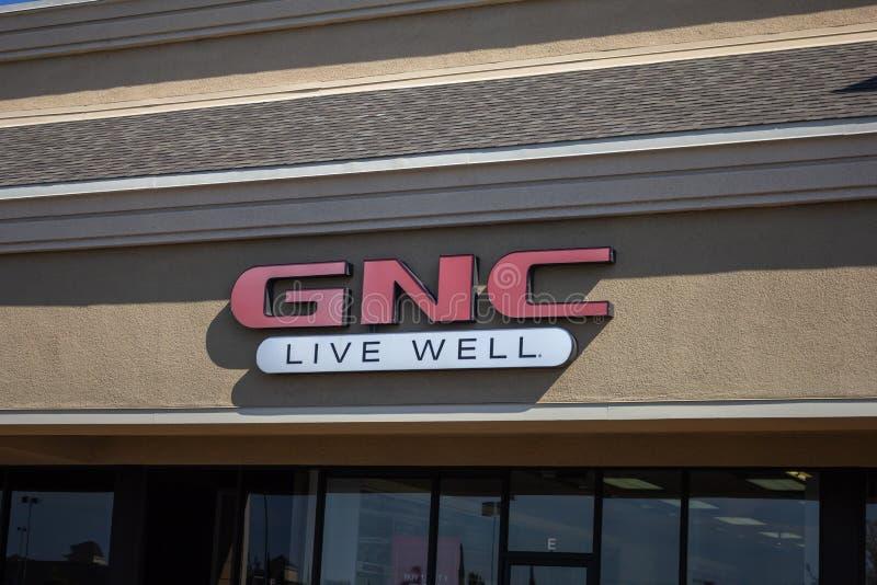 Sinal da loja de GNC fotografia de stock
