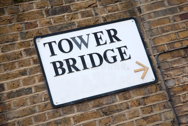 Sinal da ponte da torre fotografia de stock royalty free