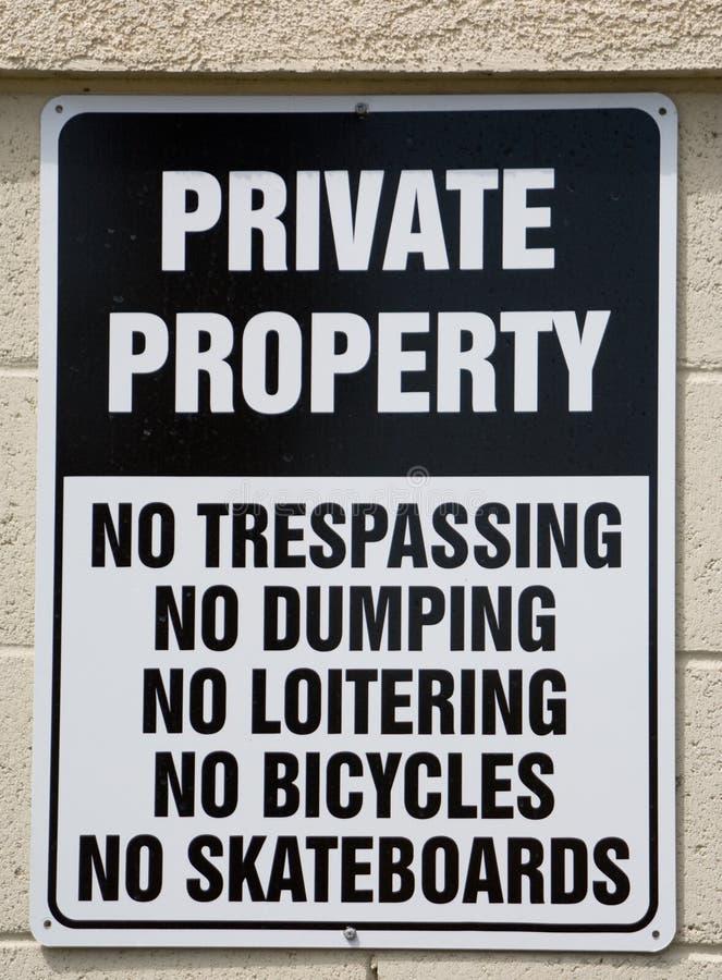 Sinal da propriedade privada imagens de stock