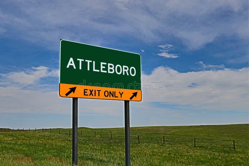Sinal da saída da estrada dos E.U. para Attleboro fotografia de stock royalty free