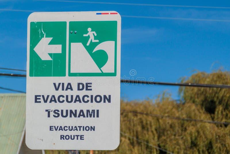 Sinal da zona do perigo do tsunami imagem de stock royalty free