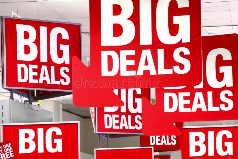 Sinal das vendas das grandes coisas imagens de stock royalty free