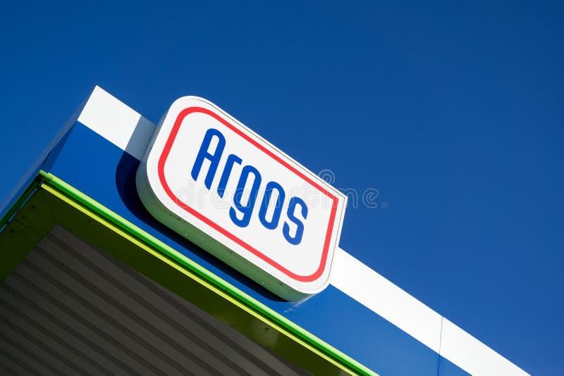 Sinal de Argos no posto de gasolina foto de stock