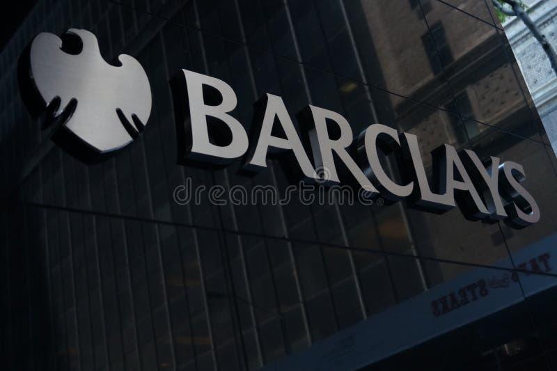 Sinal de Barclays fotos de stock royalty free