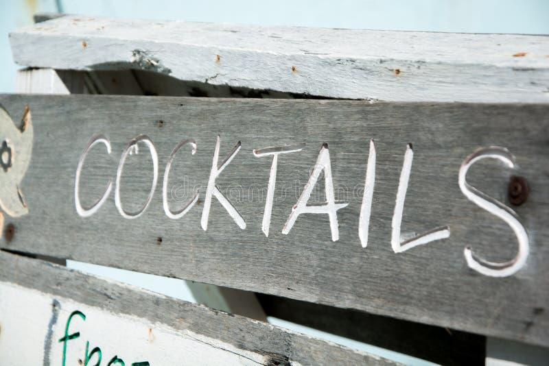 Sinal de Coctails fotos de stock royalty free