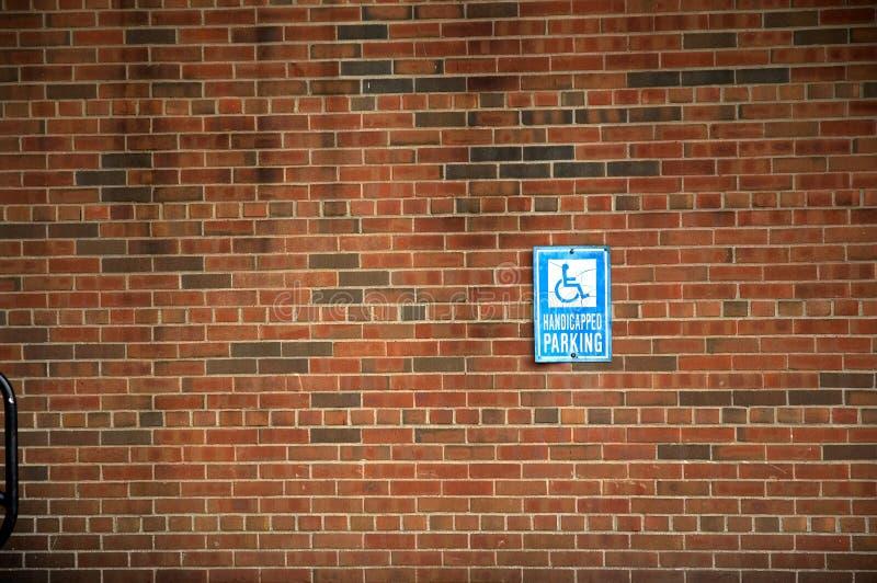Download Sinal De Estacionamento Tido Desvantagens Imagem de Stock - Imagem de handicapped, parque: 58191