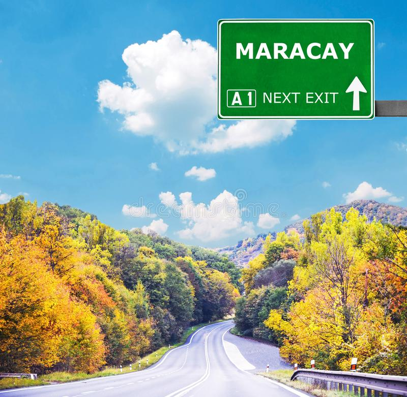 Sinal de estrada de MARACAY contra o c?u azul claro fotografia de stock