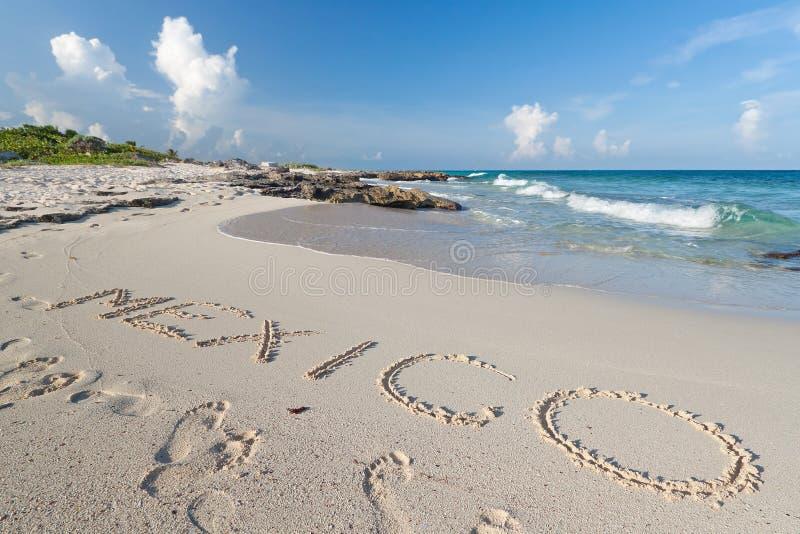 Sinal de México na areia imagens de stock royalty free