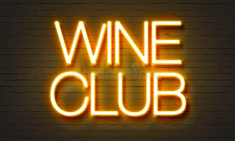 Sinal de néon do clube do vinho no fundo da parede de tijolo imagens de stock royalty free