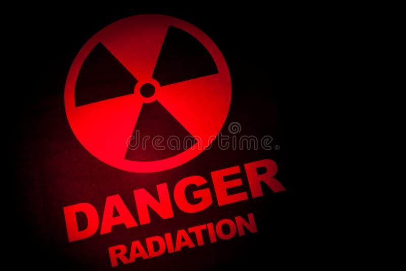 Sinal de perigo da radiação foto de stock royalty free