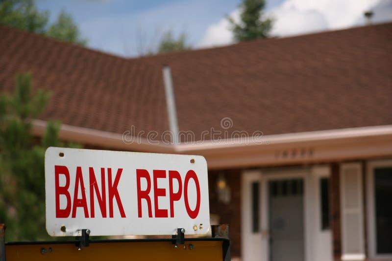 Sinal de Repo do banco na HOME para a venda foto de stock