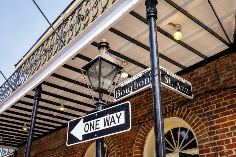 Sinal de rua de Bourbon fotografia de stock