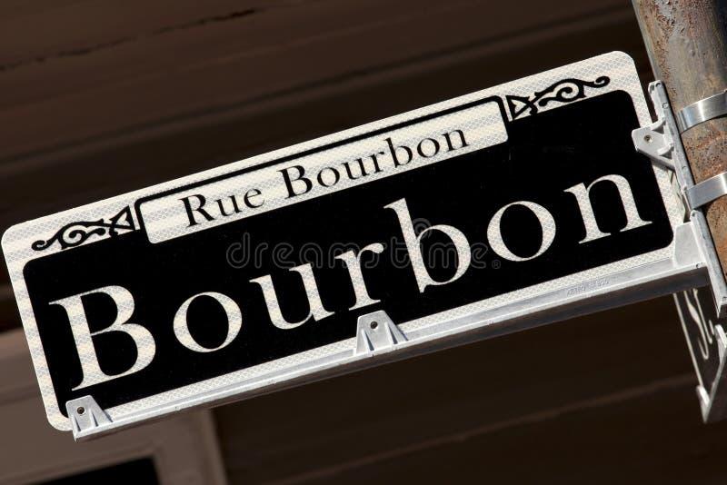Sinal de rua de Rue Bourbon - Nova Orleães foto de stock