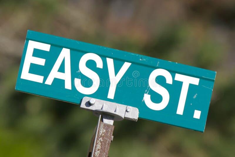 Sinal de rua fácil imagem de stock royalty free
