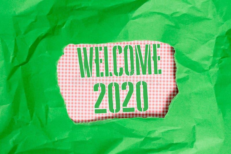 Sinal de texto mostrando bem-vindo 2020 Foto conceitual Celebração de Ano Novo Motivação para Começar Cheers Parabéns Verde imagens de stock