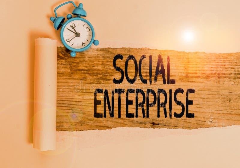 Sinal de texto mostrando a Empresa Social Organização fotocomercial conceitual com objetivo social específico Alarm imagem de stock royalty free