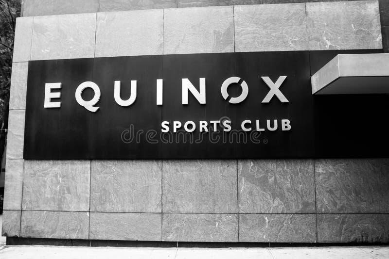 Sinal do clube desportivo do equinócio fotografia de stock royalty free