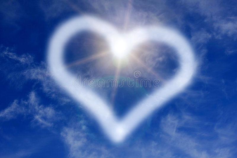 Sinal do coração no céu fotos de stock