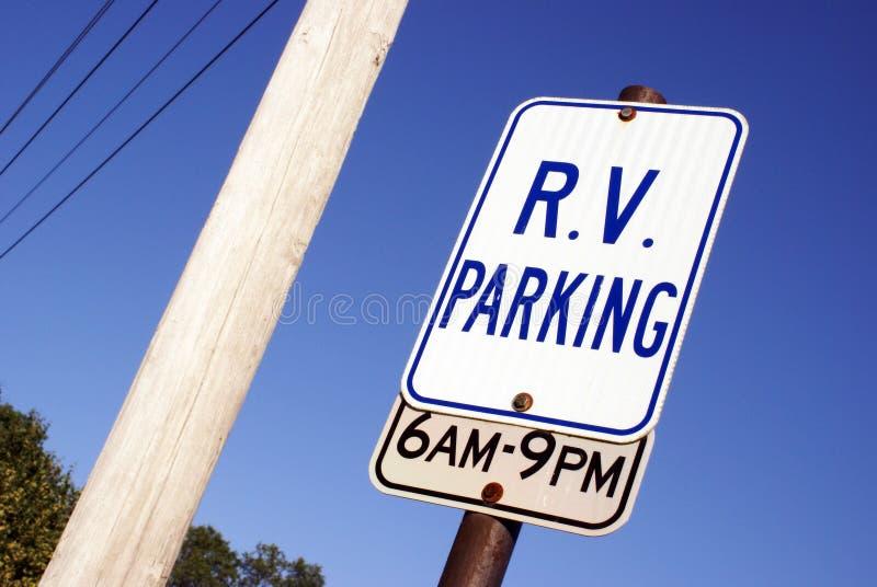 Sinal do estacionamento do rv fotografia de stock