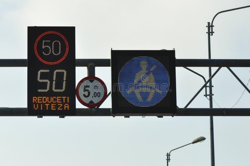 Sinal do limite de velocidade do tráfego imagem de stock royalty free