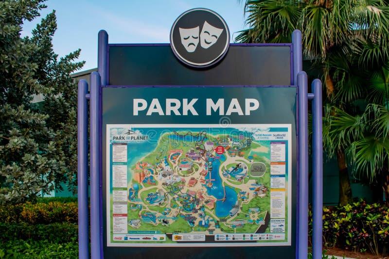 Sinal do mapa do parque em Seaworld na ?rea internacional da movimenta? fotos de stock
