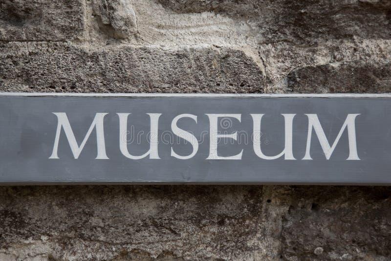 Sinal do museu imagens de stock